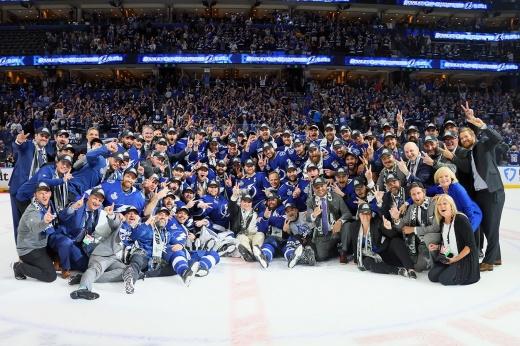 Звёздная «Тампа» лишилась лучшего третьего звена в НХЛ. Как теперь жить чемпиону лиги