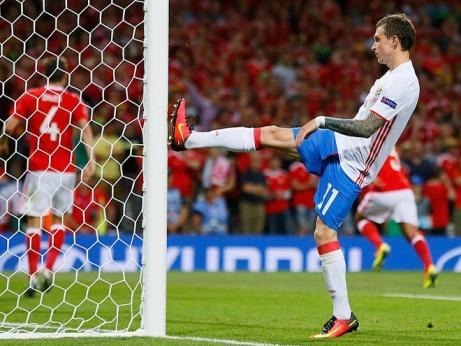 «Евро-2016 разочаровал больше, чем ЧМ-2014». Газзаев — о сборной
