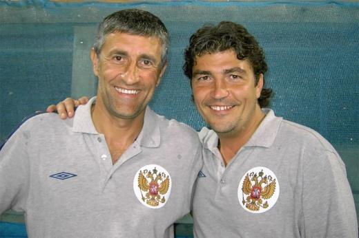 Новый тренер «Барселоны» работал в сборной России. Кто такой Энрике Сетьен