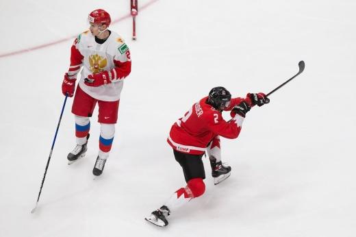 Обделались. Канада раскатала наших в полуфинале МЧМ, а где был русский характер?