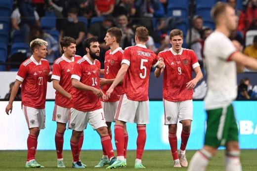 Сборная России показала новое лицо. В матче с Болгарией было много любопытных деталей