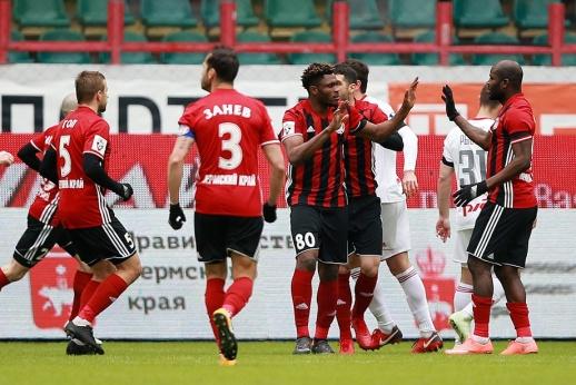 Приехали, чтобы победить. «Амкар» обыграл в Москве «Локомотив»
