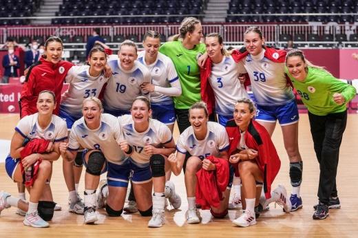 Что творит сборная России на Олимпиаде! Наши девушки драматично прорвались в финал