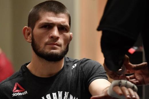 UFC ищет Фергюсону нового соперника. Хабиба отправили из США и устраивают бой без него?