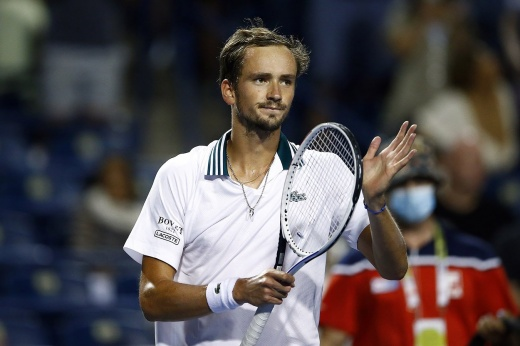 Даниил Медведев завоевал титул в Торонто, обыграв американца Райлли Опелку: это 4-я победа россиянина на «Мастерсах»