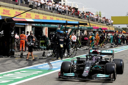 Гран-при Турции: почему «Мерседес» начал допускать ошибки в тактике во время гонок Формулы-1?