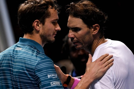 Итоговый чемпионат ATP: Даниил Медведев впервые победил Рафаэля Надаля и пробился в финал