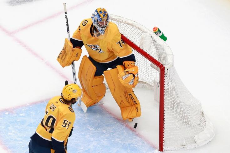 Самый нелепый гол этого плей-офф НХЛ! Дюшейн грудью скинул шайбу в свои ворота