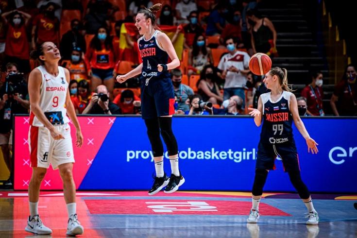 Женская сборная России обыграла Испанию
