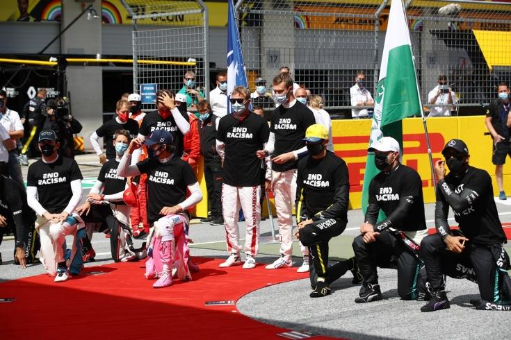В «Альфа Ромео» ответили на критику её гонщиков