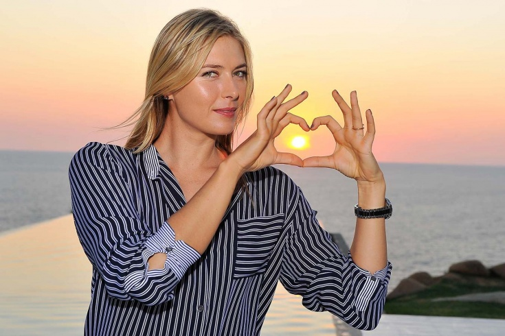 Мария Шарапова показала кольцо с бриллиантом после помолвки. Цена может быть не менее 18 млн рублей