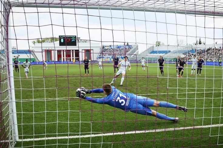 Беленов и штанги остановили «Зенит» в Уфе. Вратарь в очередной раз отбил пенальти!