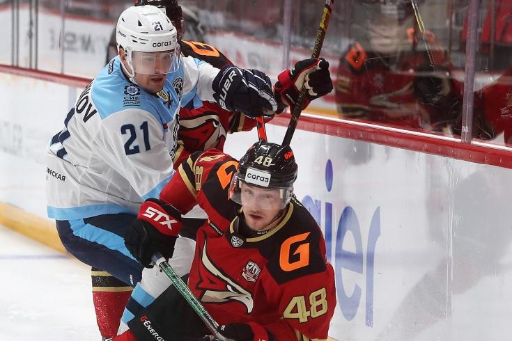 Американец дожал «Сибирь»! Дебютный матч Буше в КХЛ обернулся крутым голом