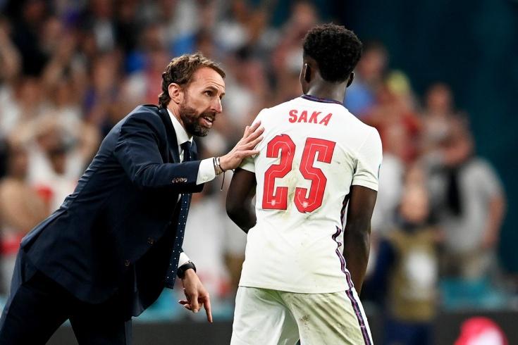 На решающий пенальти тренер Англии отправил 19-летнего мальчишку. Саутгейт точно психолог?