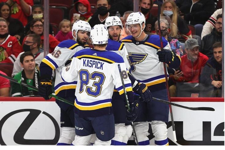 «Сент-Луис» обыграл «Чикаго» в предсезонном матче НХЛ, Тарасенко и Бучневич забивают за «Сент-Луис»