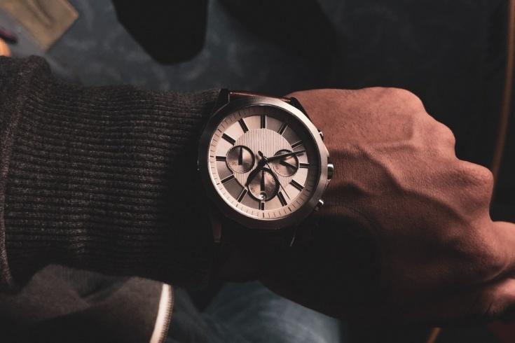 Какие часы сейчас покупать: самые модные модели часов — 2021