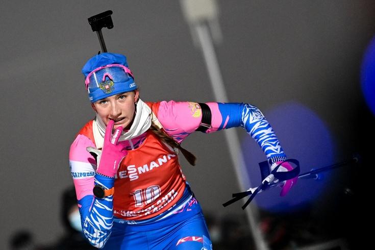 Женская сборная России выиграла эстафету на этапе Кубка мира по биатлону в Антхольце