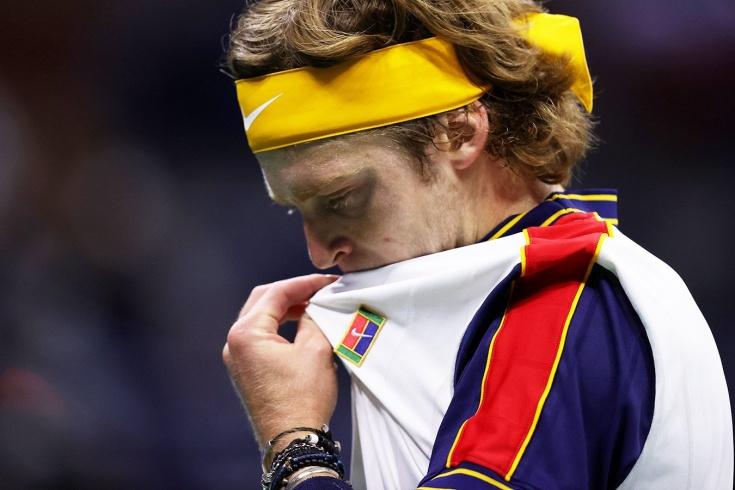 Под крики и вопли публики. Рублёв в пяти сетах сенсационно уступил американцу на US Open