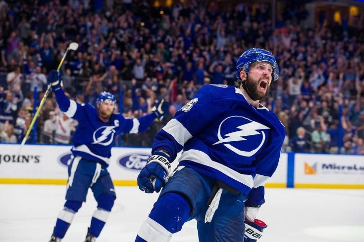 Никита Кучеров возвращается в состав «Тампы» в плей-офф после пропуска целого сезона в НХЛ