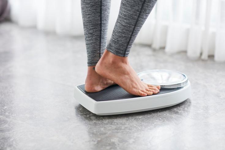 Почему мы набираем вес за одну ночь?