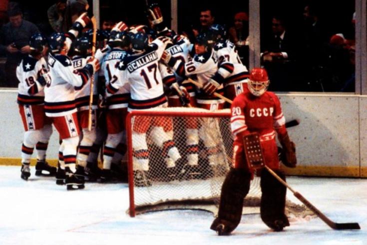 Как сборная СССР по хоккею проигрывала на олимпийских хоккейных турнирах