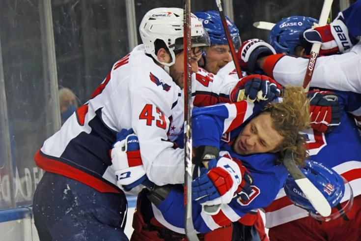 Русские подрались с Томом Уилсоном! Он ударил лежачего Бучневича и швырнул на лёд Панарина