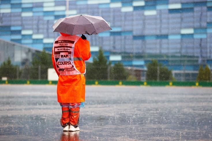 Спа по-сочински: субботу на ГП России смыло дождём