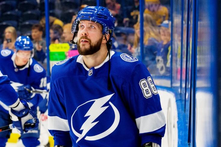 Как отсутствие Никиты Кучерова в регулярном чемпионате помогло «Тампе» обойти потолок зарплат НХЛ