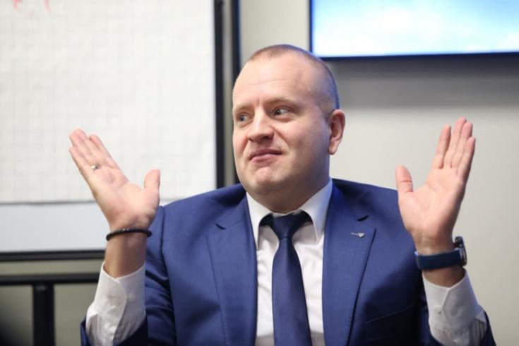 Главный арбитр КХЛ Алексей Анисимов