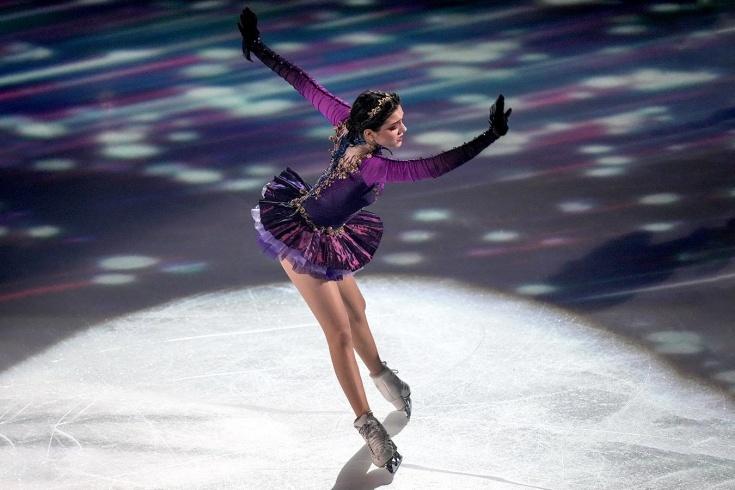 Евгения Медведева показала красивейшую программу