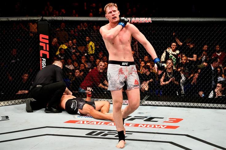 Главная победа Александра Волкова в UFC, нокаут Фабрисиу Вердума видео