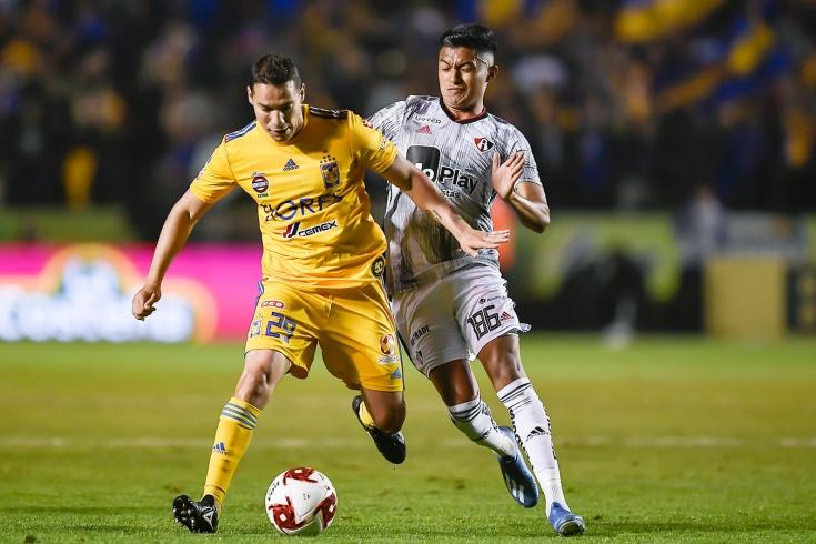 В чемпионате Мексики есть трёхзначные номера