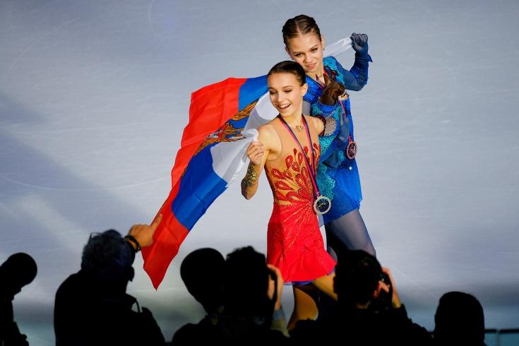 Конфликт между фанатами Трусовой и Щербаковой перед чемпионатом мира по фигурному катанию-2021: причины, анализ ситуации