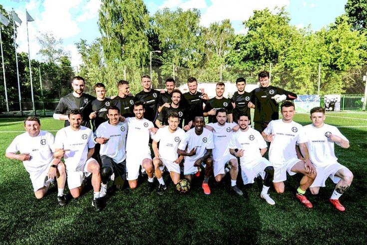 Ради чего объединяются футболисты в России