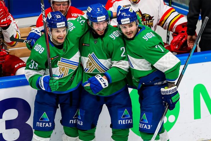 «Салават» продолжает погоню за «Авангардом». Все расклады перед плей-офф КХЛ