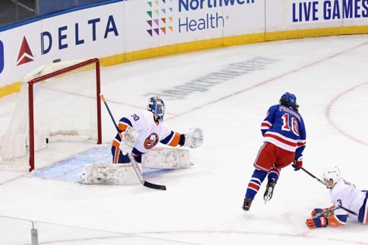 «Мы были просто мусором». Неожиданный дебют в НХЛ обернулся для Сорокина русским кошмаром