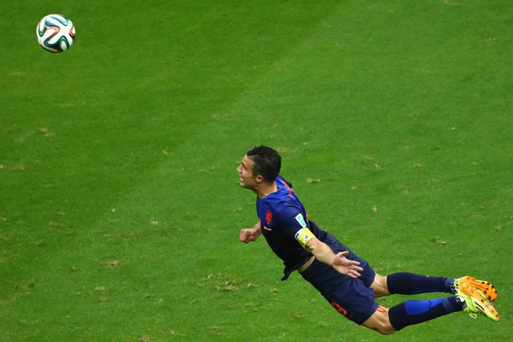 Гол ван Перси в ворота сборной Испании