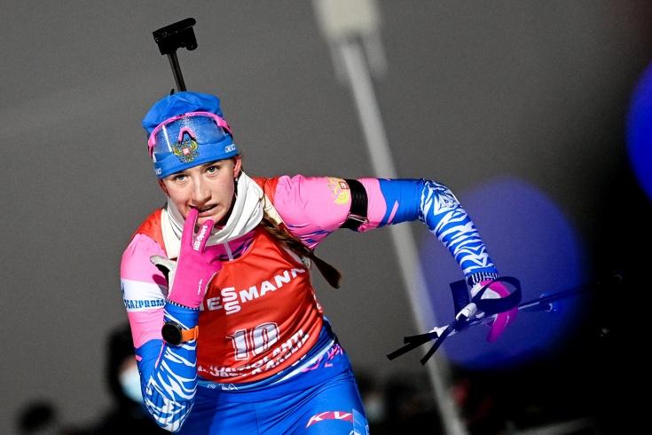 Кубок мира по биатлону: Россия со штрафным кругом боролась за медаль эстафеты и стала четвёртой