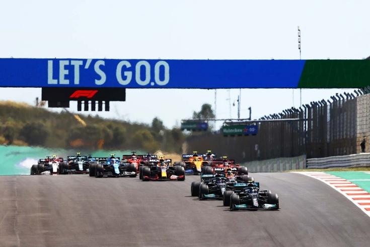 Система DRS испортила борьбу Хэмилтона, Ферстаппена и Боттаса на Гран-при Португалии Ф-1