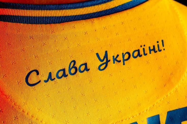 РФС обратился в УЕФА по поводу формы Украины
