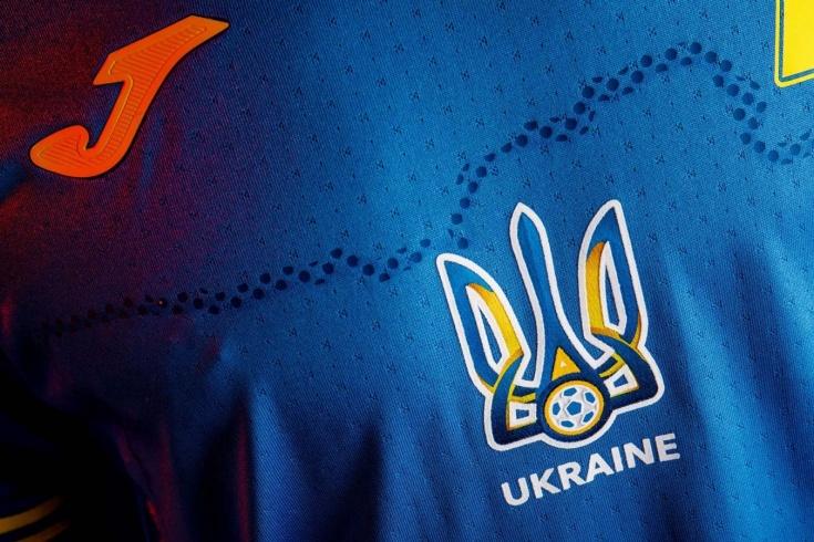 УЕФА одобрил форму Украины с изображением Крыма
