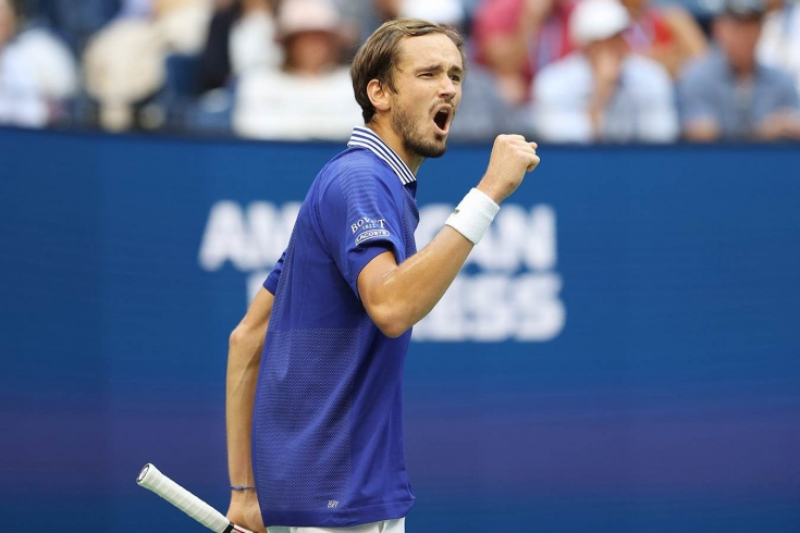 Даниил Медведев отыграл два сетбола и сломил канадца Оже-Альяссима в полуфинале US Open 2021 года