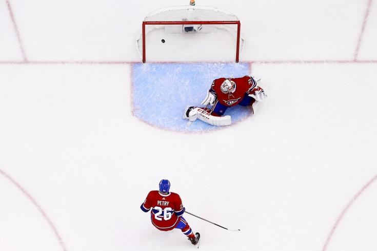 Самый дорогой вратарь НХЛ переправил шайбу в свои ворота. Ошибка Прайса прибила «Монреаль»