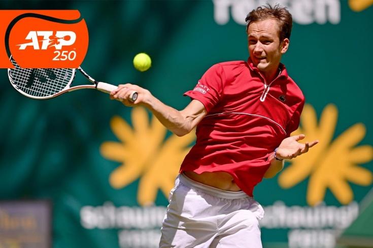 Турнир ATP-250 на Мальорке: Даниил Медведев и Карен Хачанов выиграли первые матчи, видео потрясающих розыгрышей