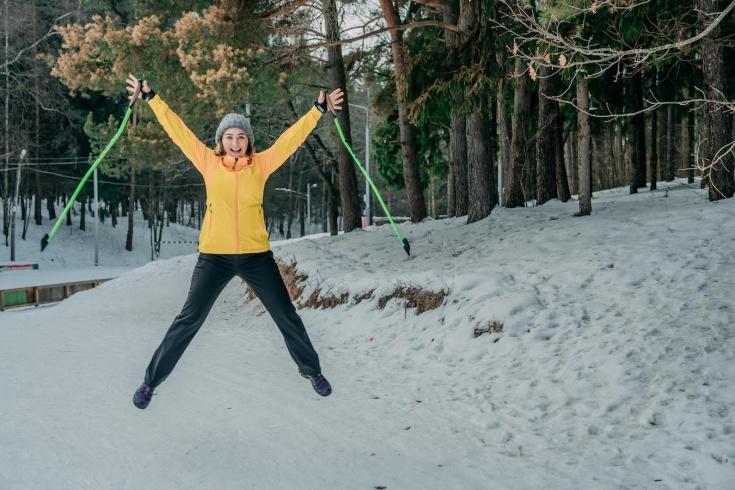 Можно похудеть с помощью скандинавской ходьбы? Как сохранить фигуру в праздники