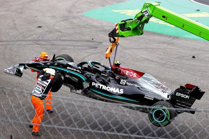 Боттас испортил гонку Гран-при Венгрии