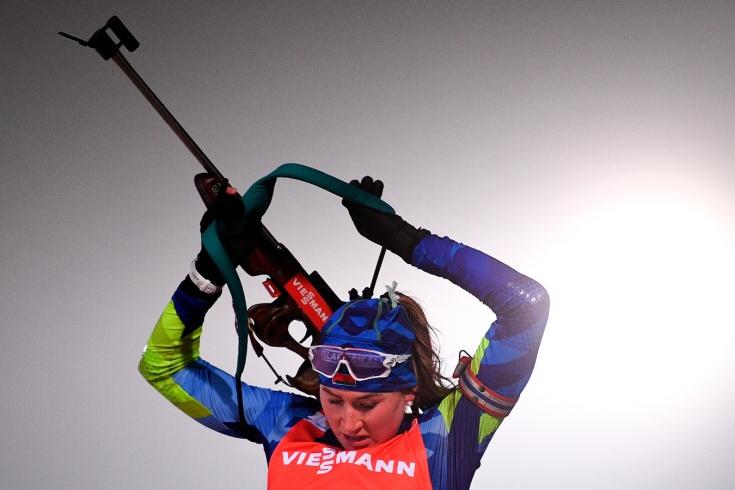 Россиянки остались без медалей в гонке преследования в Хохфильцене, а Динара Алимбекова – вторая