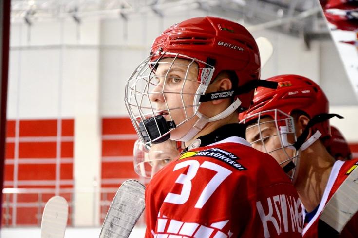 Кто из участников драфта НХЛ — 2021 подписал контракты новичка, Климович, Кузьмин, Люселль