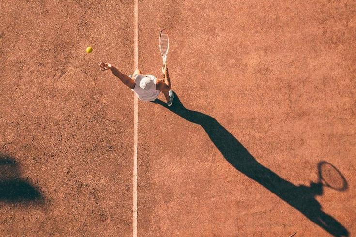 Ставки на фаворита в теннисе, в настольном теннисе, хорошие и прибыльные стратегии лайва