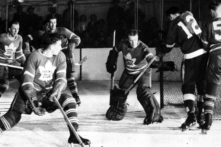 История великой победы «Торонто Мэйпл Лифс» в финале Кубка Стэнли 1942 года с «Детройт Ред Уингз»